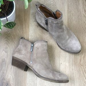 Lucky Brand Taupe Suede Ankle Booties 6.5